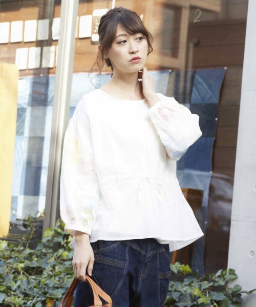 60/-ローン袖刺繍ブラウス