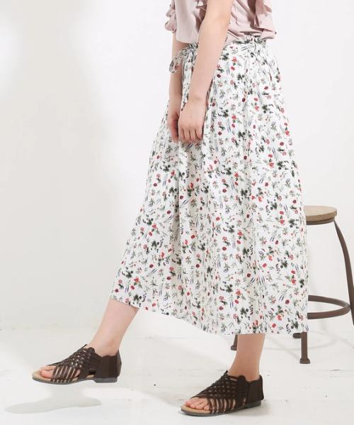 ボタニカル総柄プリントタックギャザースカート