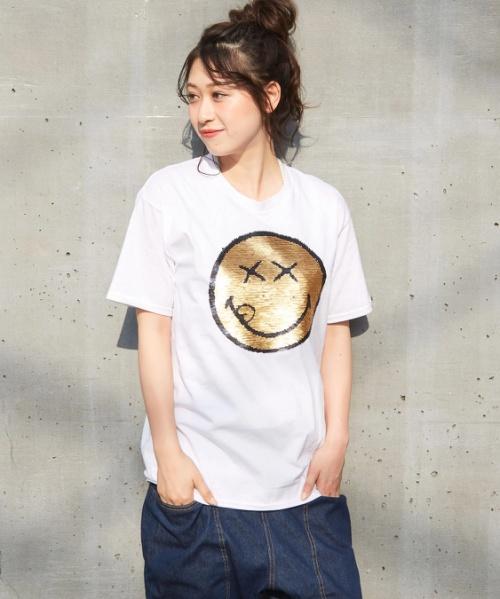 【セール除外商品】10th anniversaryスマイルスパンコールTシャツ