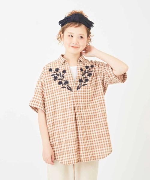 ドビーチェック フラワー刺繍 スキッパーシャツ