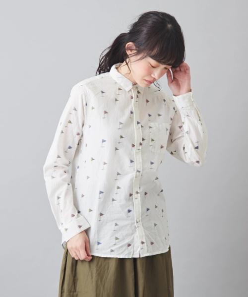 CALINER (カリネ) キャンブリック drapeau柄プ リント レギュラーシャツ